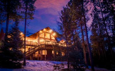 Photo for Luxury 4500sq ft Mountain Side*5 Star*Retreat*Hot Tub*Game Room*5 min to Slopes