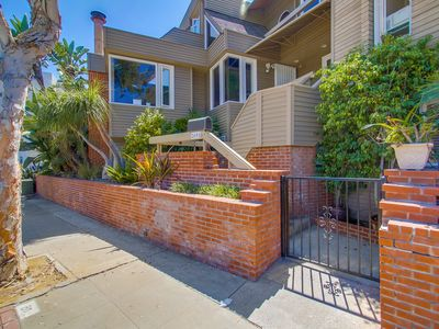 Photo for Spacious South Mission 4-bed/3-ba townhouse w/ 3-car parking on ocean side.