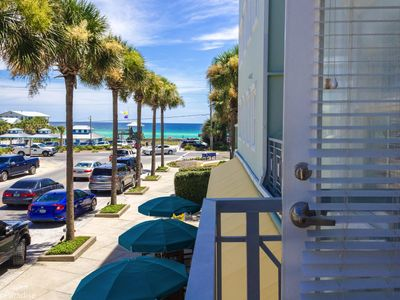 Photo for Spacious & cozy Gulf Place studio with great Gulf Views. Walk to it all! Sleeps4