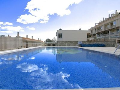 "Photo for Apartment a short walk away (286 m) from the ""Playa Puerto Blanco"" in Calp with Internet, Air conditioning, Parking, Terrace (464033)"