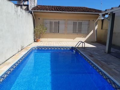 Photo for Spacious House with Pool 5 minutes from Martim de Sa and Prainha