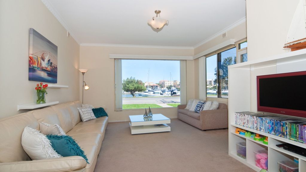 Haven Court - Glenelg North