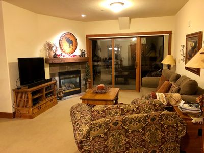 Photo for Walk to the lifts! Gorgeous quiet condo 2bdrm/2bth. Easy access to free shuttle!