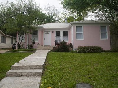 Photo for Newfield Lane - comfortable cottage in the heart of Austin