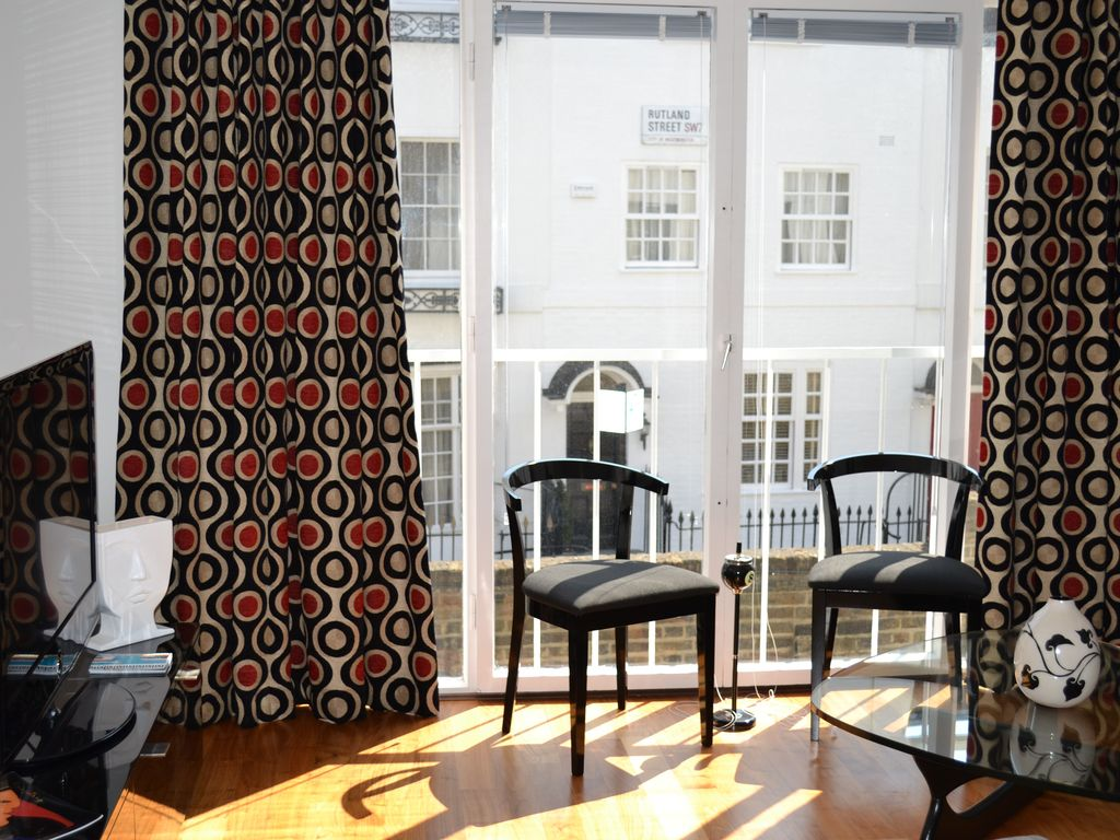 Unique maisonette in heart of Knightsbridge 5mn from Harrods, Parks & Museums