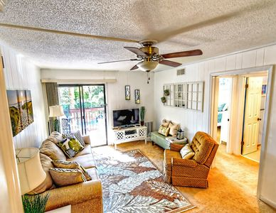 Photo for A2F Sands Village- Charming 2BR/1BA! Sleeps 6. Community Pool! Steps to Coligny & Beach!