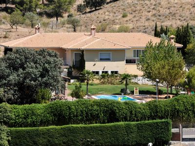 Photo for SPACIOUS VILLA WITH POOL, COMFORTABLE AND COMFORTABLE TO ONLY 2 KM. TOLEDO