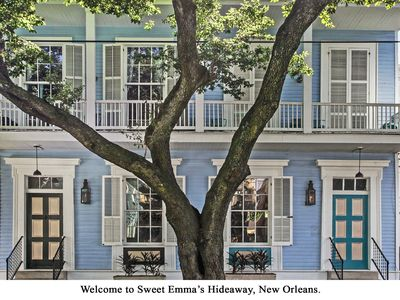 Photo for NEW LISTING! Charming jazz-theme duplex in Garden District, updated amenities!