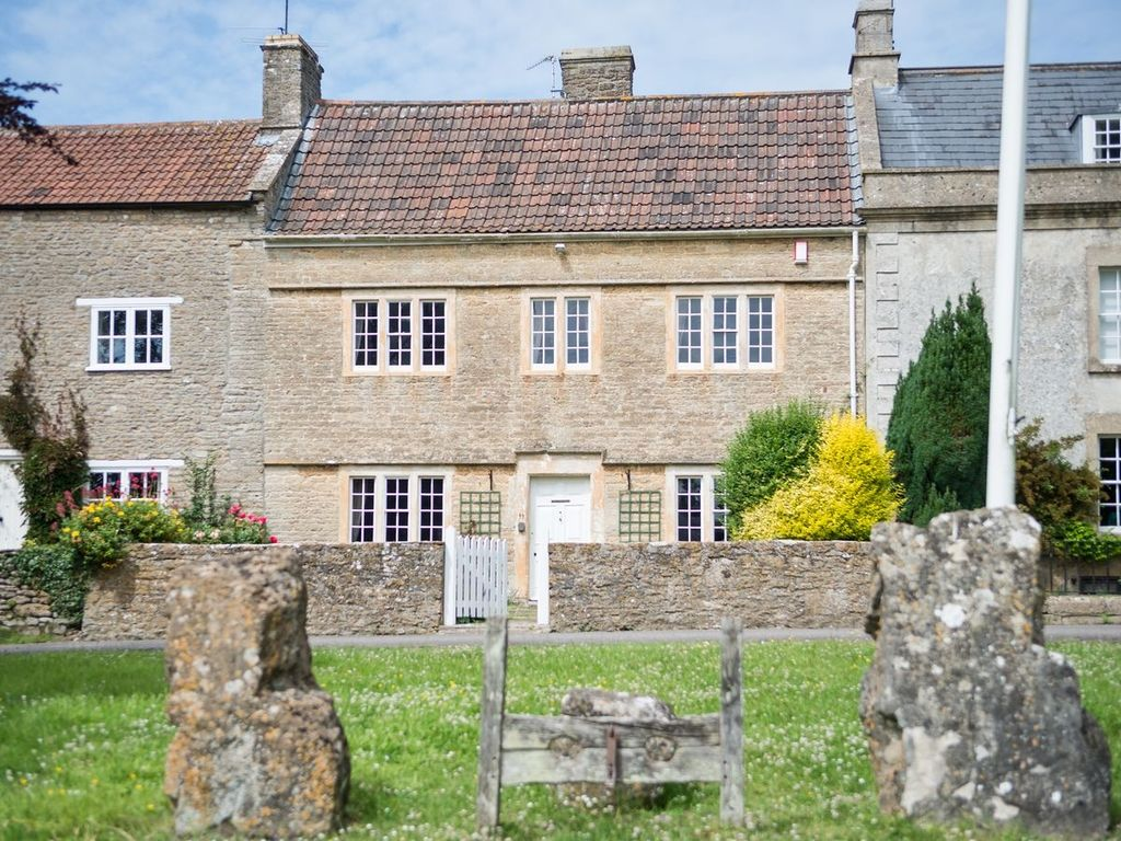3 bedroom property in bath vrbo - Cheddar gorge hotels with swimming pools ...