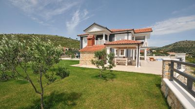 Photo for Holiday house Marina for 8 persons with 4 bedrooms - Holiday home