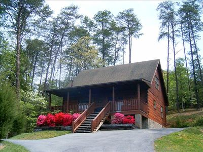 Photo for A+ Cabin,Mtn View,Flat Roads,Half Mi.to Pkwy,1.5 Acre,Super Clean,Free WiFi,HDTV