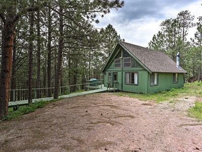 Photo for Black Hills Cabin w/ Deck near Mt. Rushmore!