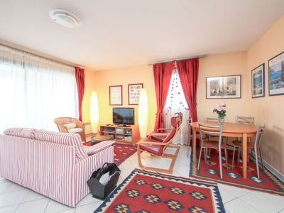 Photo for Apartment Villa du Parc in Cannes - 6 persons, 3 bedrooms