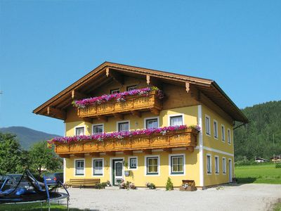 Photo for 5 bedroom Apartment, sleeps 10 in Leogang with WiFi