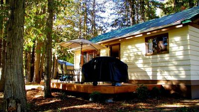 Photo for Shuswap Lake, 2 Bed, 1.5 BA, Private Dock, Sleeps 4, $500 - $995/wk