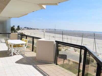 Photo for BEAUTIFUL APARTMENT TYPE 4 FACE SEA BEACH BENOIT