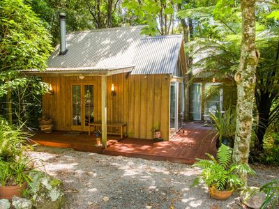 Photo for Te Nikau Cottage – Relaxing retreat