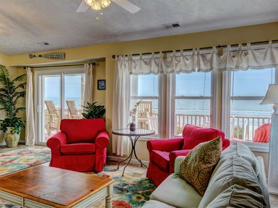 "Photo for ""Comes A Time"" Oceanfront - Super convenient location, close to everything!"