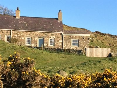 Photo for Exceptionally comfortable cottage with iconic westerly view