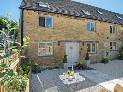 Photo for 1 bedroom accommodation in Ebrington, near Chipping Campden