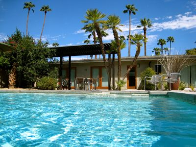 Zen Modern Home Wind Free S Palm Springs HomeAway