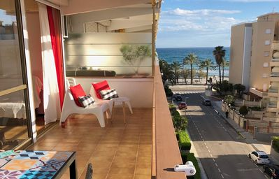 Photo for Apartment 50 m from the beach ..  beach and mountain view