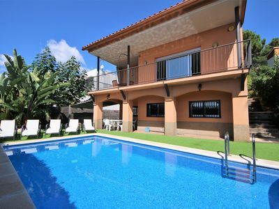Photo for 4BR Villa Vacation Rental in Sant Pol de Mar