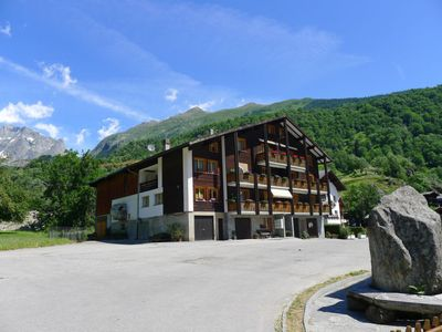 Photo for Apartment Zur Fluh in Fiesch - 4 persons, 2 bedrooms