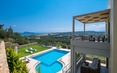 Photo for Villa Iokasti - 4 bedroom villa in Gerani with a heated pool close to the beach