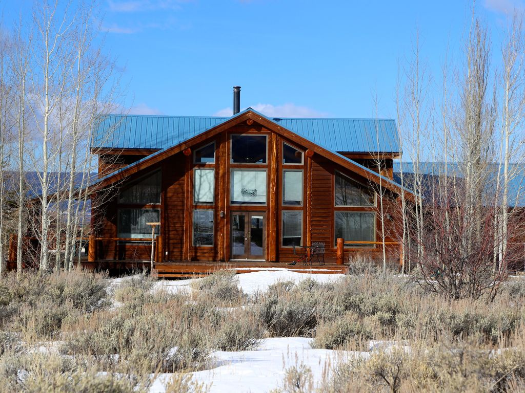 Magpie Meadows Your Mountain Log Home Away From Home