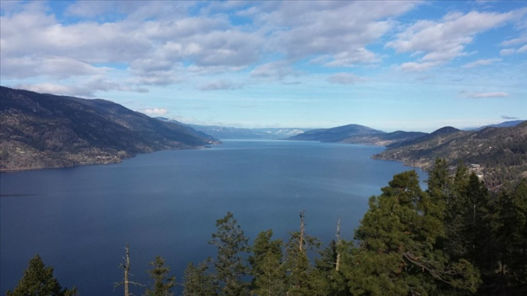 Downtown 2 Bedroom. This rental property is located in beautiful Kelowna, British Columbia, Canada and we look forward to your inquiry and/or reservation.