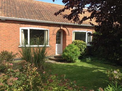 Photo for Charming family-friendly 3 bed bungalow in Norwich, Norfolk
