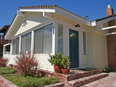 Photo for Colorful Avalon Cottage, Quick Walk to the Beach, Spacious Side Yard - 225 Clare