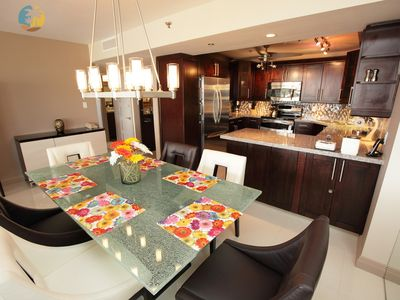 Luxury Corner Apartment with Amazing Views and Sunsets - 1421