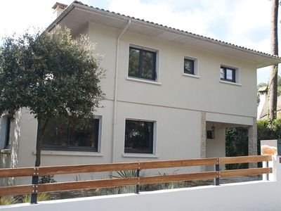 Photo for Quiet family villa and 5 minutes from the beach