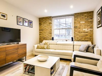 Photo for Stunning home Bermondsey Street between London and Tower Bridge
