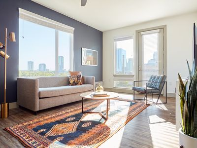 Photo for Sonder | East 5th | Sunny 2BR + Pool