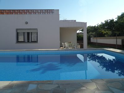 Photo for VACATION RENTAL CHALET NEAR THE SEA IN VINAROS - CASTELLON