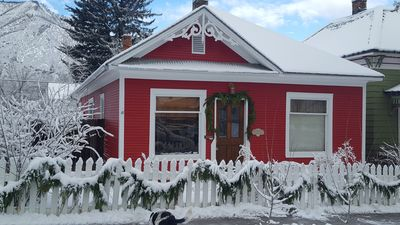 Photo for Adorable 1903 Victorian in the Heart of Glenwood Springs Downtown.