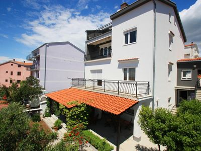 Photo for Very nice and cozy ground floor apartment in the popular resort...