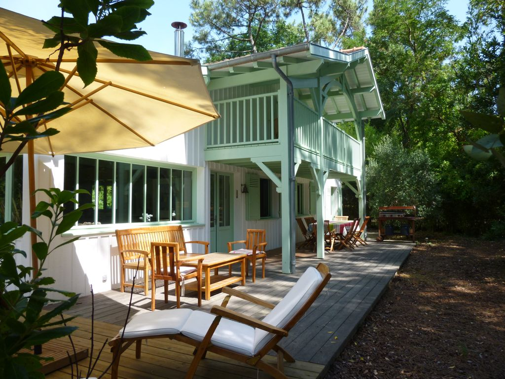 wooden villa for 8 people in the 44 ha in C... - HomeAway