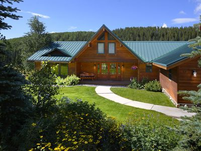 Photo for Family Getaway in Crested Butte!  Room for everyone! Cozy & comfy. Hot tub.