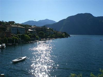Photo for Spectacular view on the lake, beautiful apartment, accommodating and comfortable