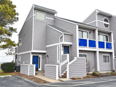 Photo for FREE DAILY ACTIVITIES!!! Very nicely decorated 3 bedroom with a loft, 2 baths end unit located in the very lovely community of East of the Sun.