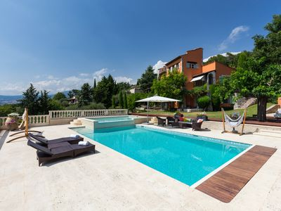 Photo for Villa Les Oliviers, Magnificent Villa with private pool
