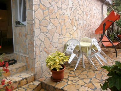 Photo for Two bedroom apartment with terrace Valun, Cres (A-8086-e)