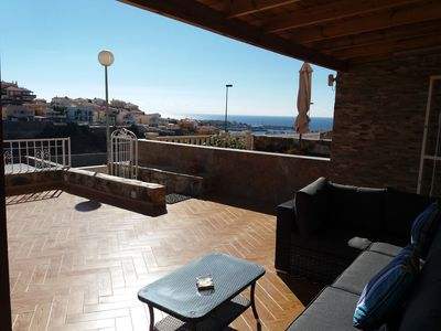 Photo for A handy duplex with super-large terrace with sea view in a small complex