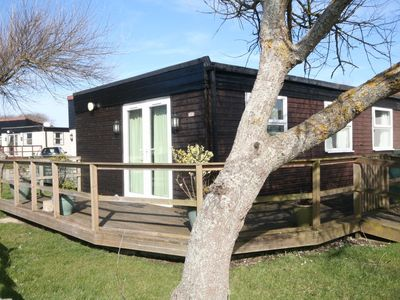 Photo for Well Presented 2 Bedroom Holiday Chalet on quiet holiday village