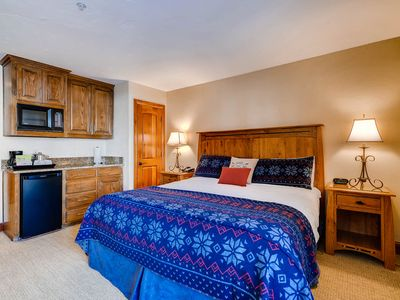 Photo for Ground level lodge room, ski-in/ski-out access, shared pool and hot tub
