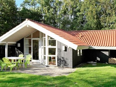 Photo for Magnificent Holiday Home in Humble with Sauna